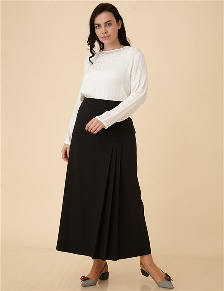 Plus Size Skirt with Applique B9-12066 Black