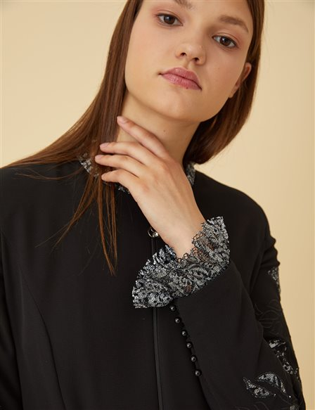 Ruffle Sleeve and Collar Detailed Overcoat B9-15119 Black
