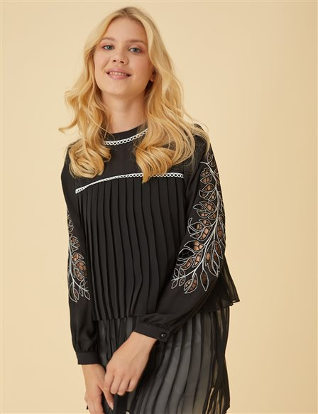 Laser Cut Detailed Tunic Top Black B9 21230