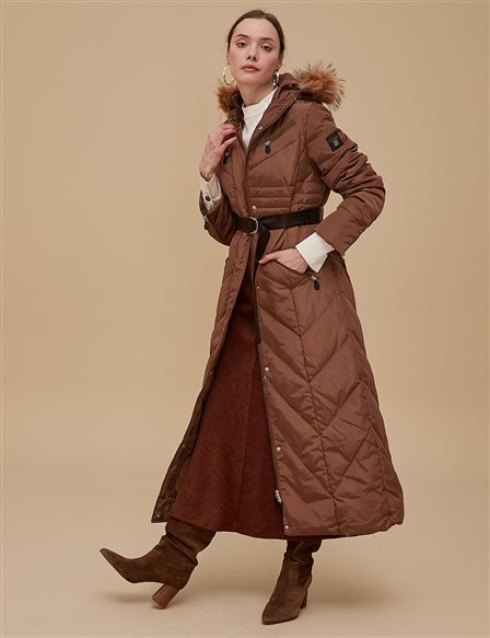 Goose-Quill Coat With Zipper Camel A8 27003