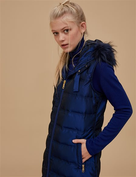 Goose-Quill Vest With Furry Detail Saxe A8 27006