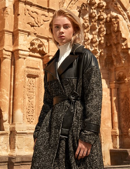 Faux Leather Detailed Flecked Coat Black A20 17008
