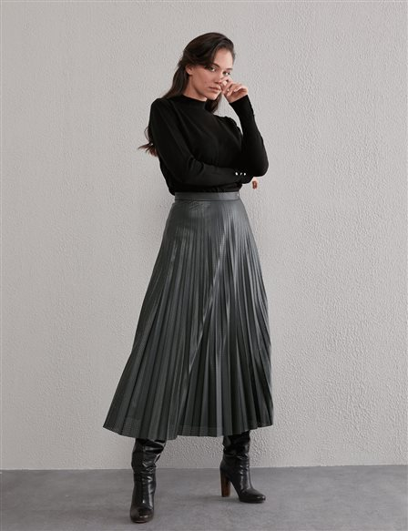 Pleated Leather Skirt A20 12012 Emerald
