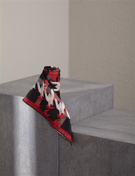 Goose Foot Patterned PES Scarf A20 ESP85 Red