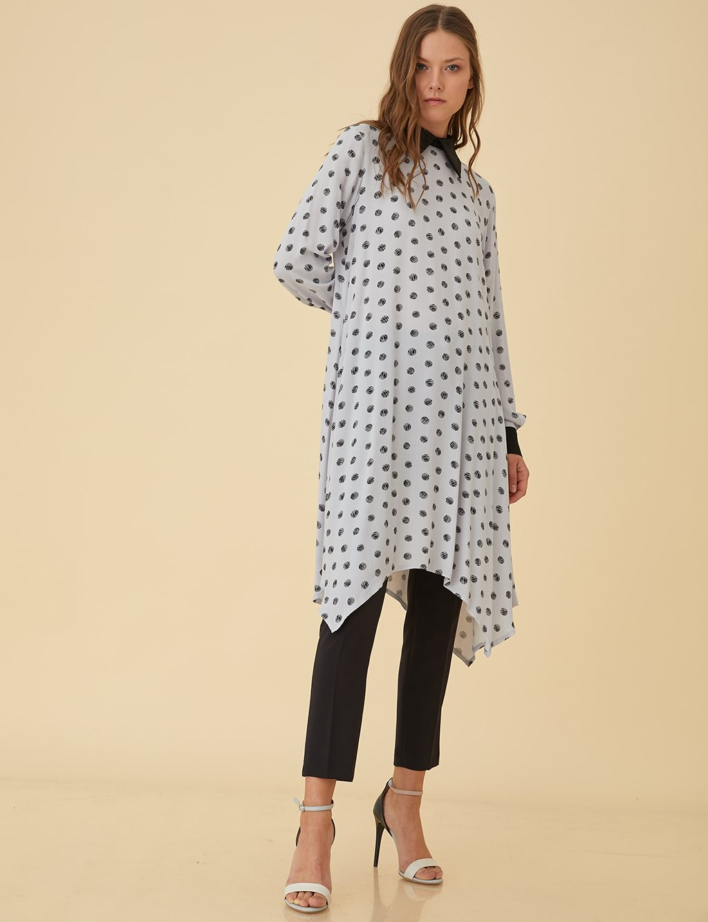 Tunic Dress With Spot Details B9-81085 Grey