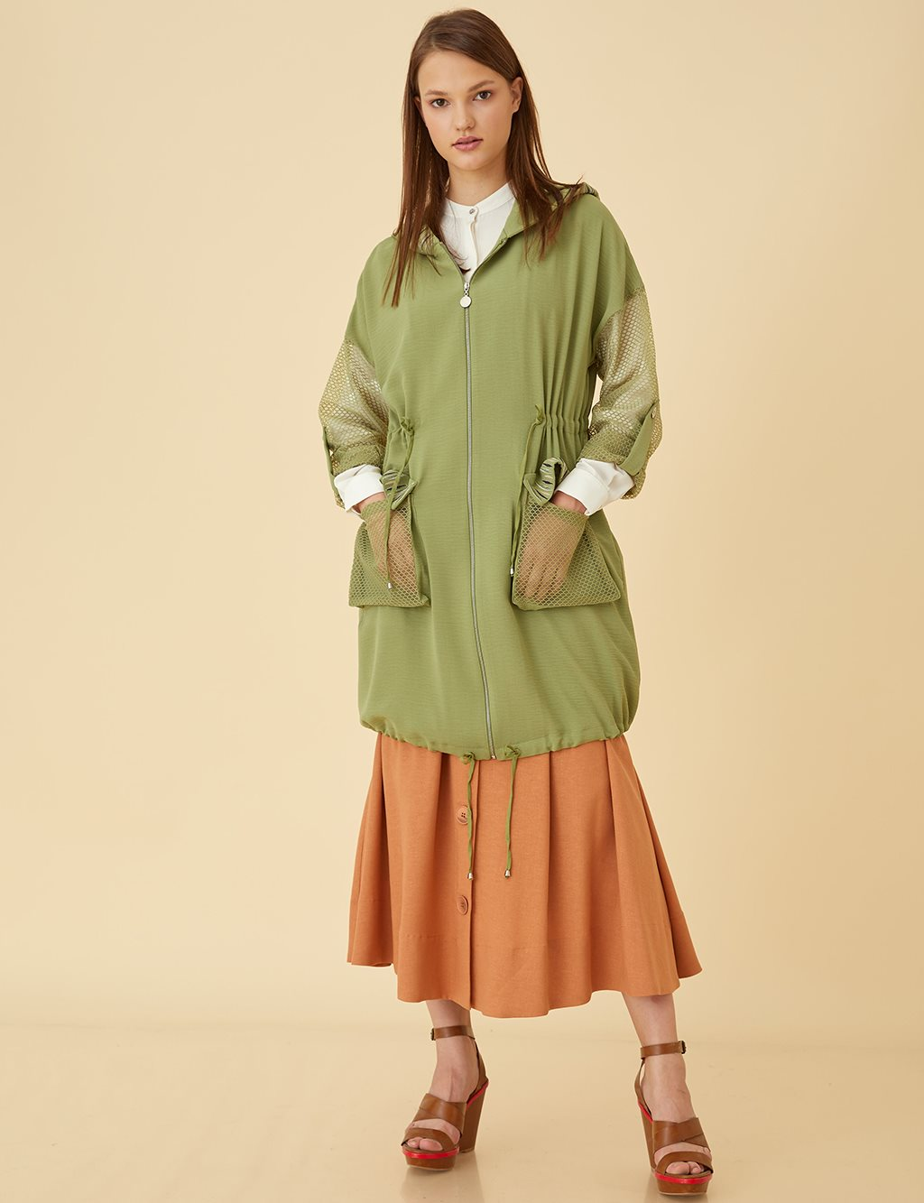 Pocket Detailed Top With Hood B9 25129 Khaki