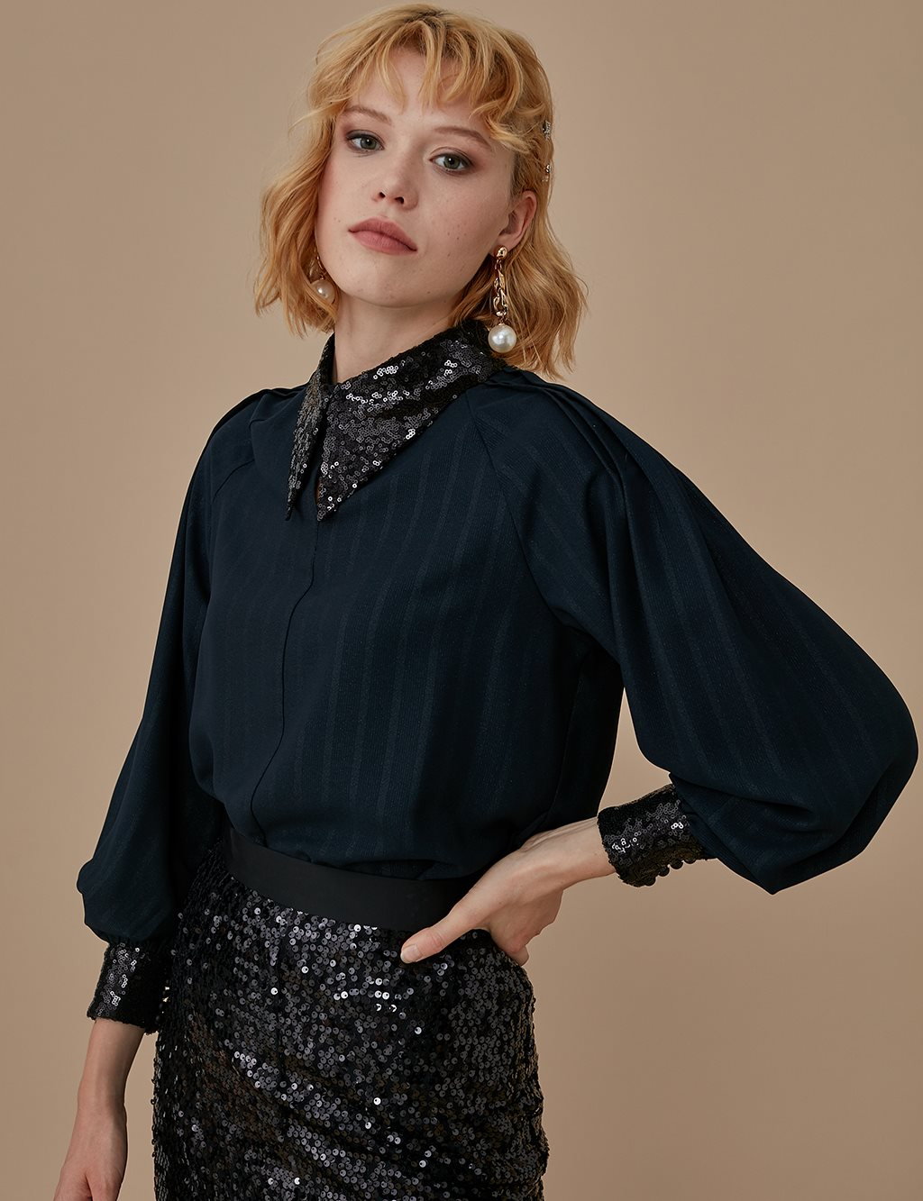 Sequin Sleeve Detailed Tunic A9 21164 Black