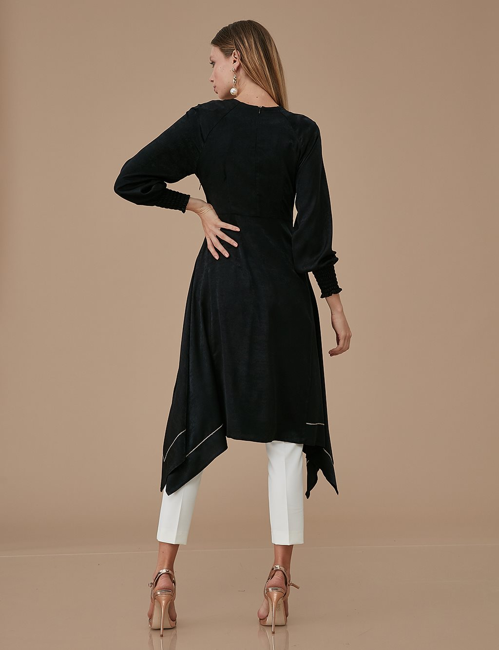 Ruched Sleeve Tunic Dress A9 21139 Black