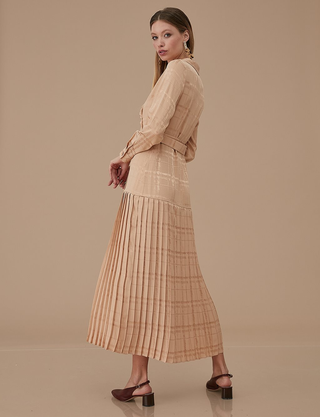 Jacquard Pleated Dress A9 23033 Beige
