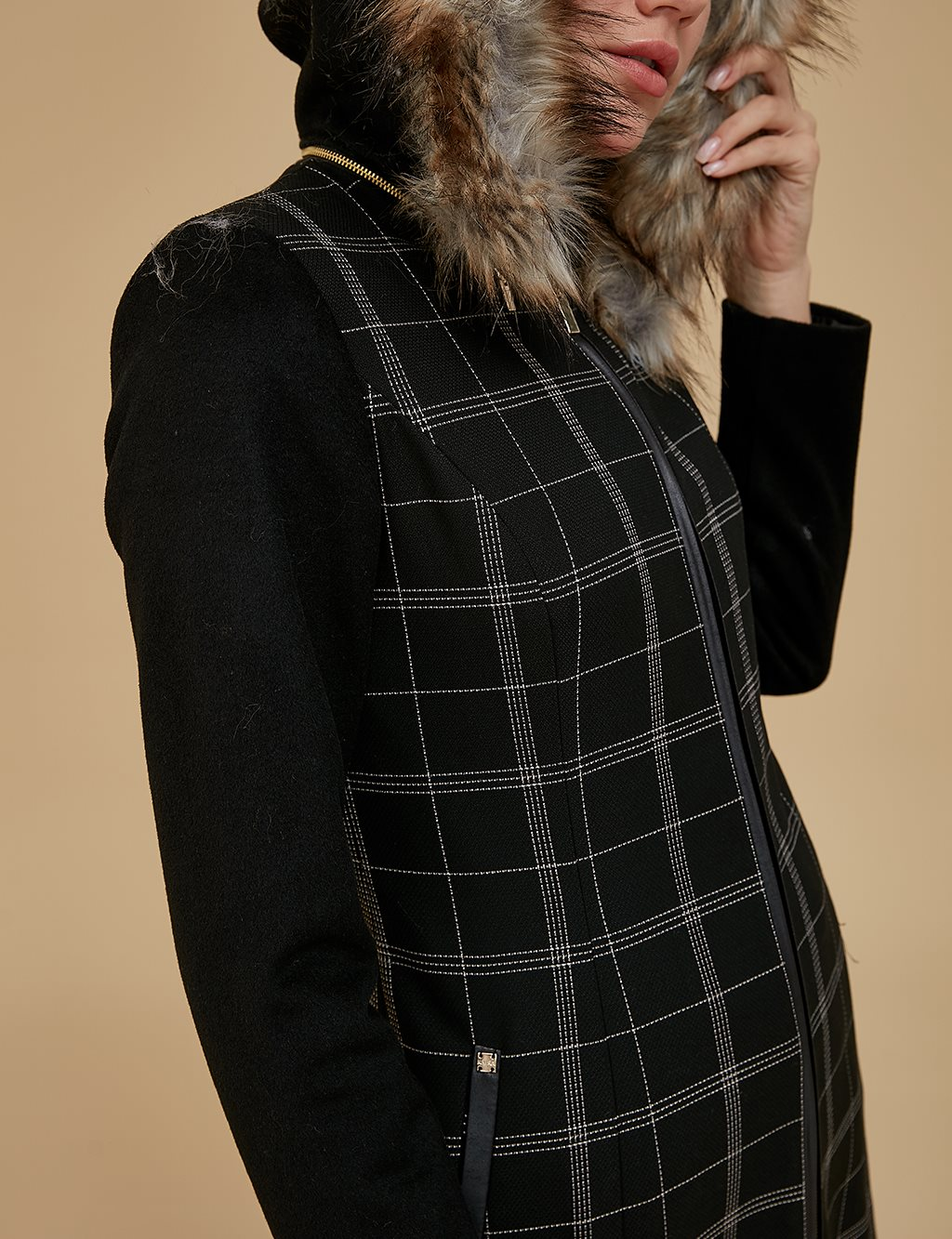 Checkered Furry Coat A9 14023 Black