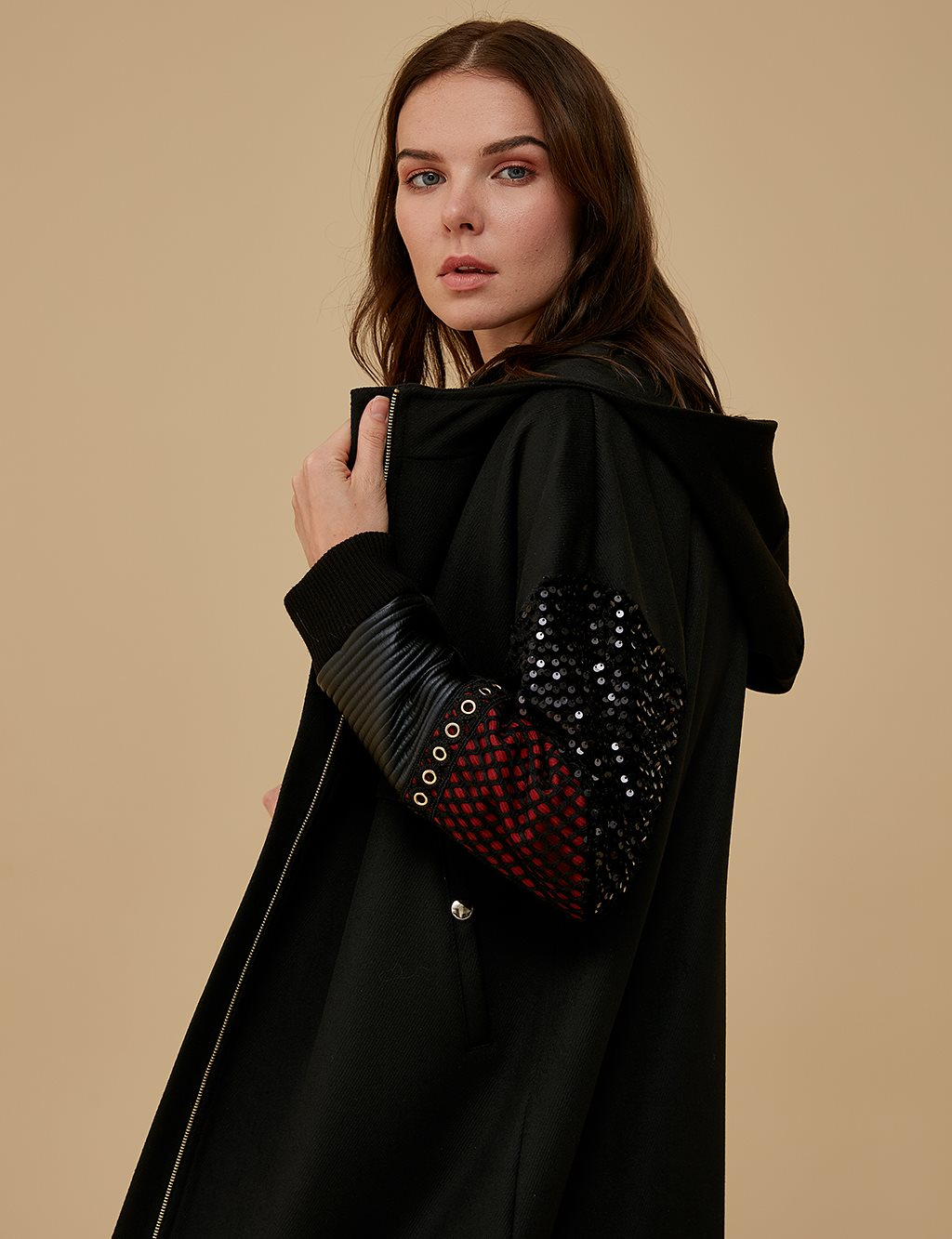 Sequin Sleeve Detailed Coat A9 17022 Black