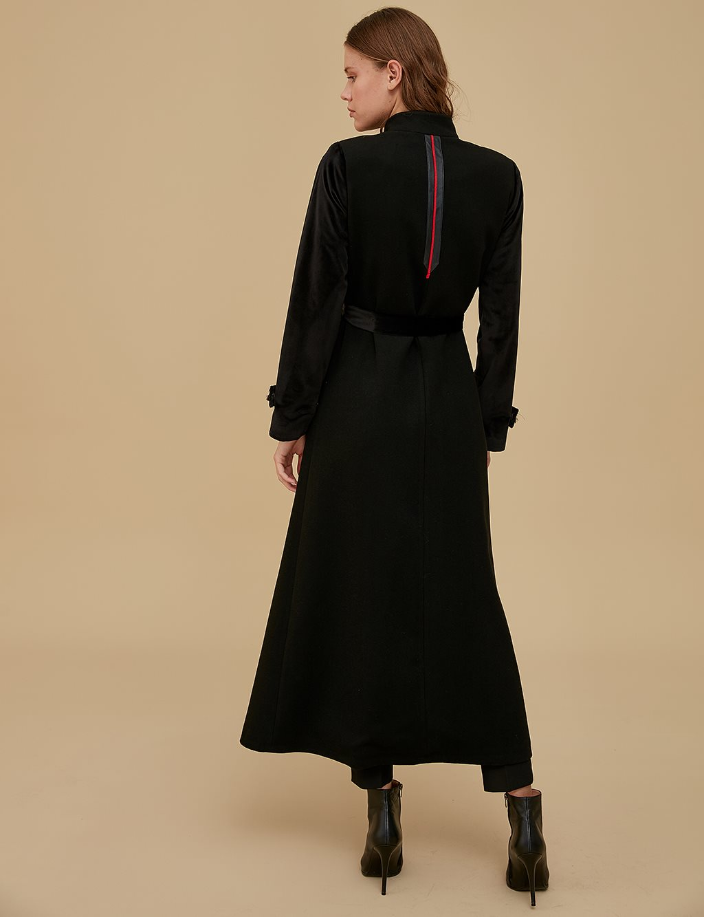 Coat With Leather Detailed Belt A9 18003 Black