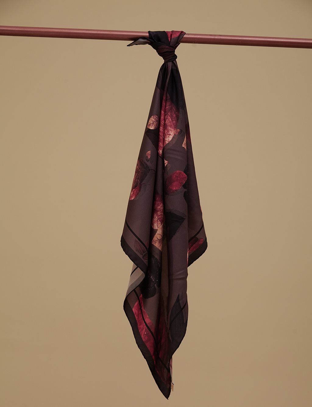 Fall Patterned Twill Silk Scarf A9 ESP12 Camel