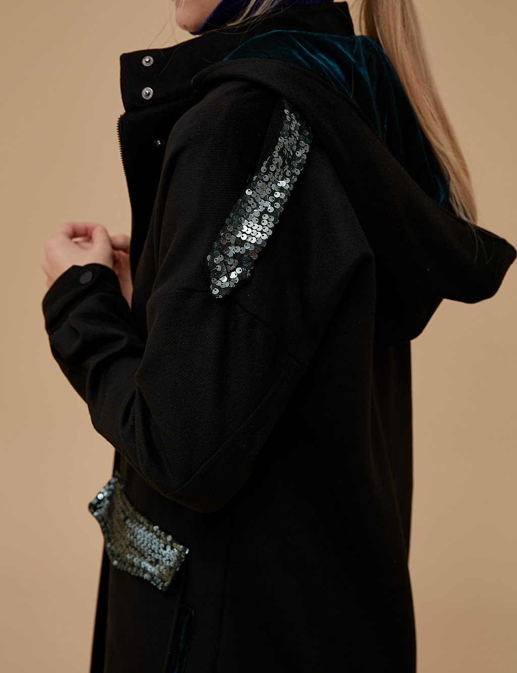 Sequin Pocket Detailed Coat A9 17047 Black