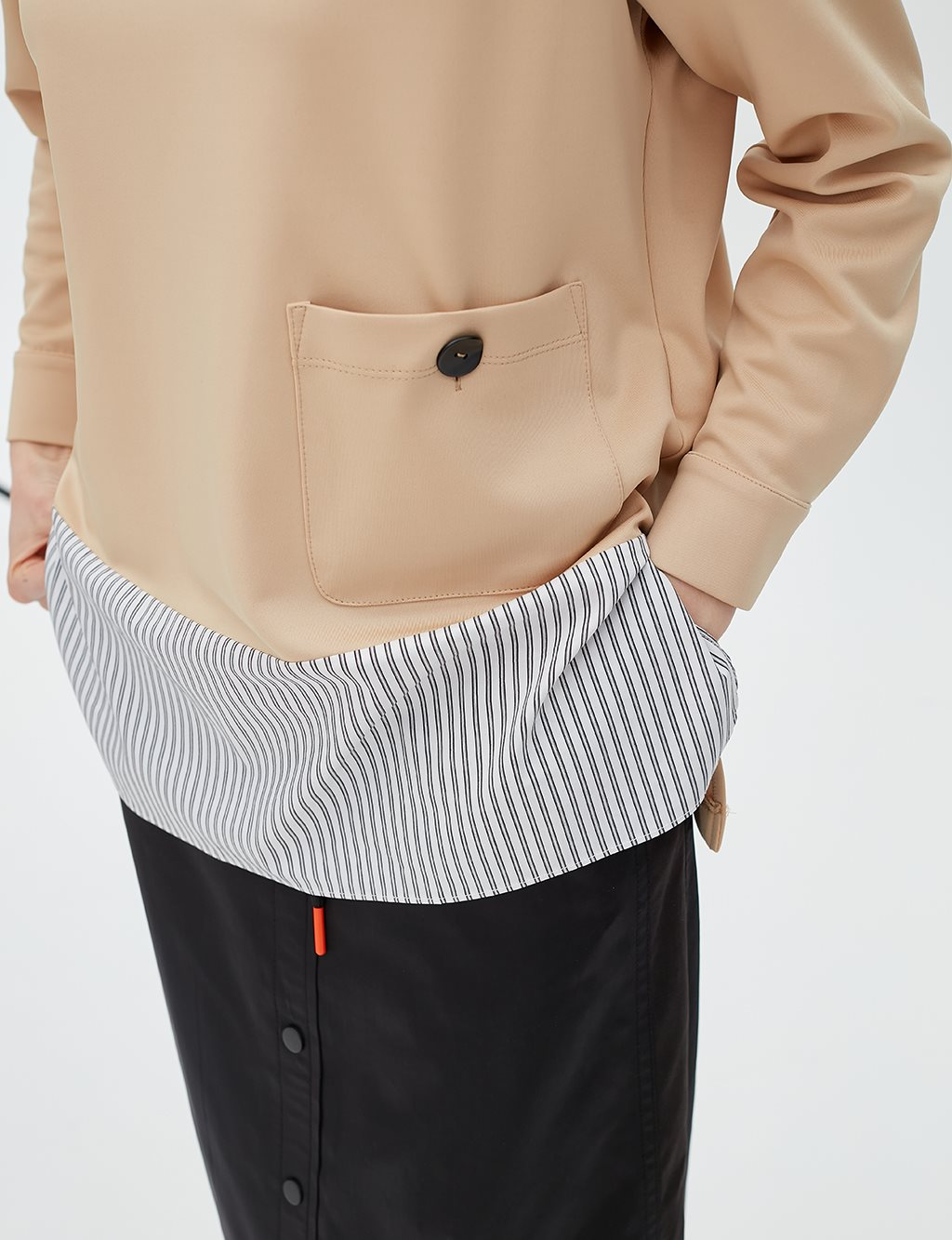 Back Collar Detailed Blouse B20 10021 Beige