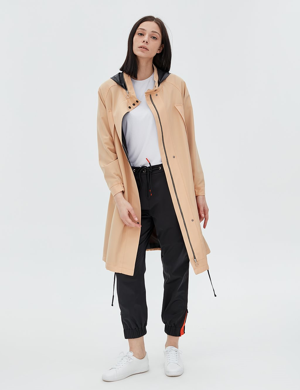 Trenchcoat With Hood B20 14026 Beige