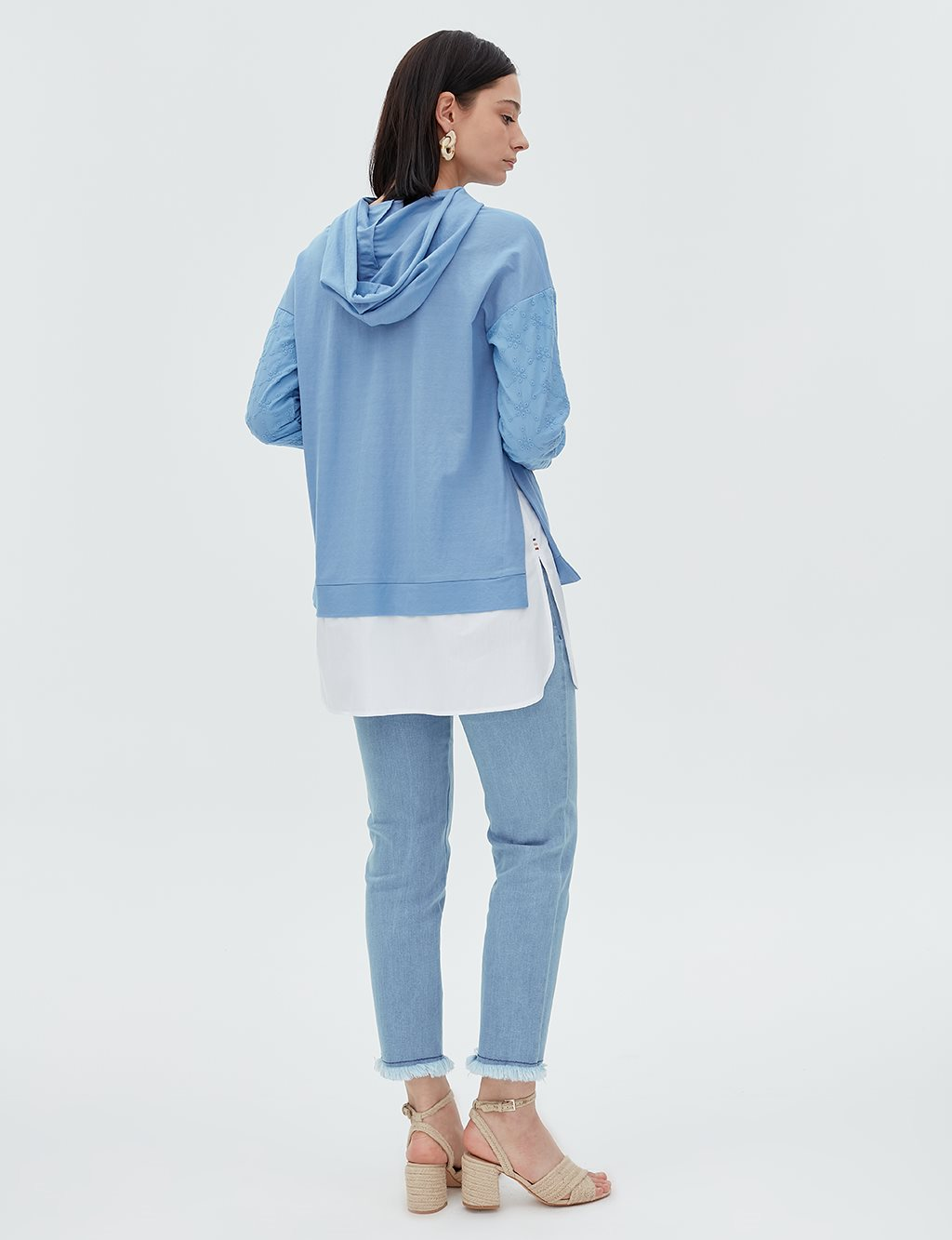 Embroidered Sweatshirt B20 21043 Blue