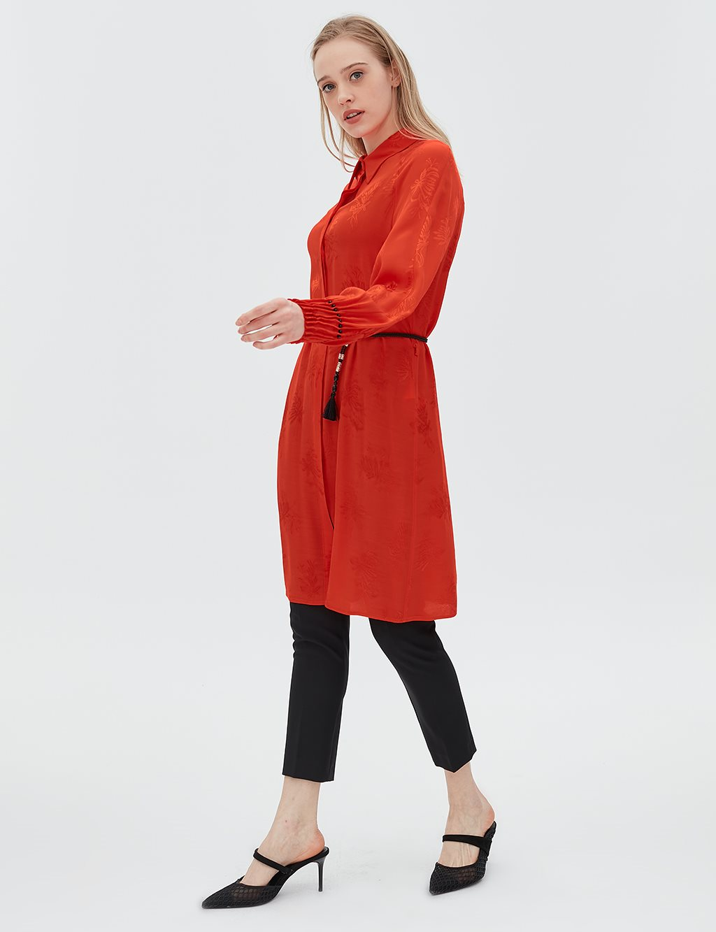 Leaf Patterned Ruched Sleeve Tunic B20 21048 Red