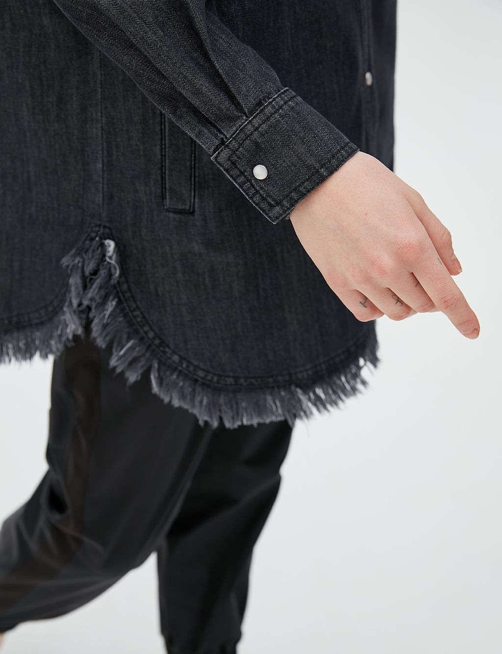Fringe Detailed Denim Tunic B20 21052 Black