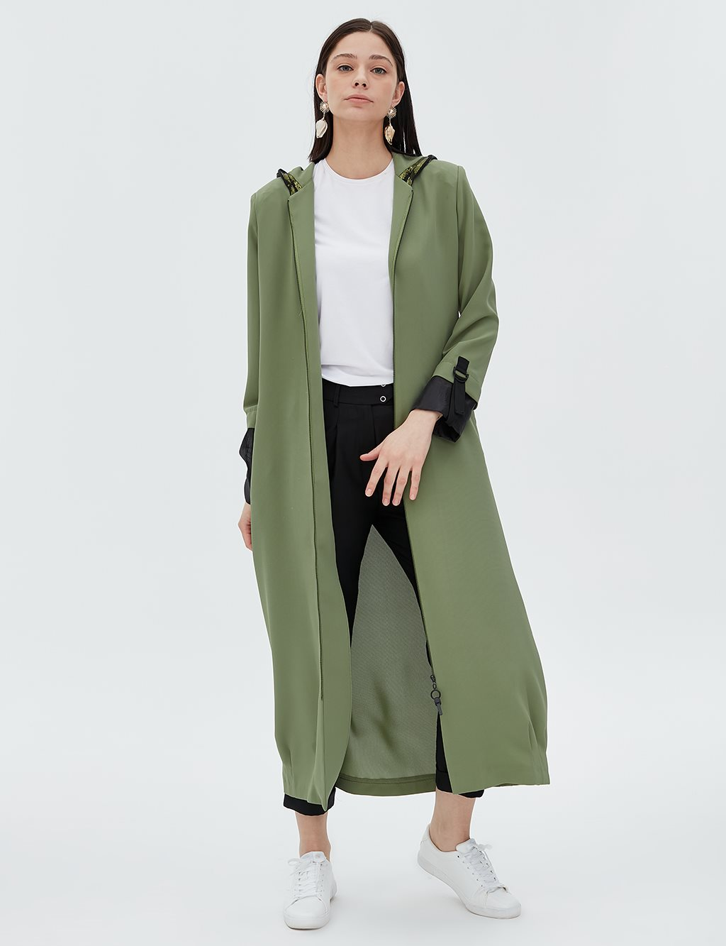 Coat With Sequin Detailed Hood B20 25010 Green