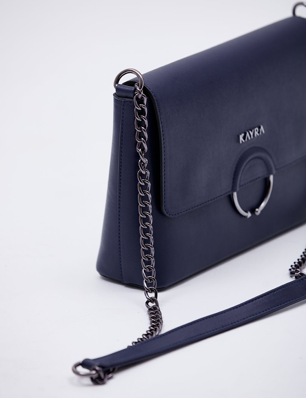 Chain Hanger Shoulder Bag B20 CNT16 Navy