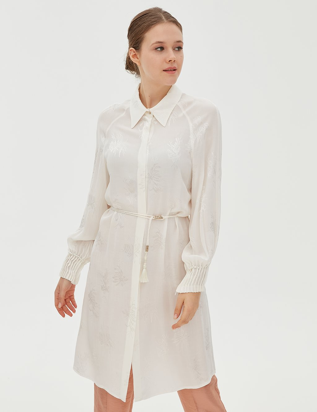 Leaf Patterned Ruched Sleeve Tunic B20 21048 White