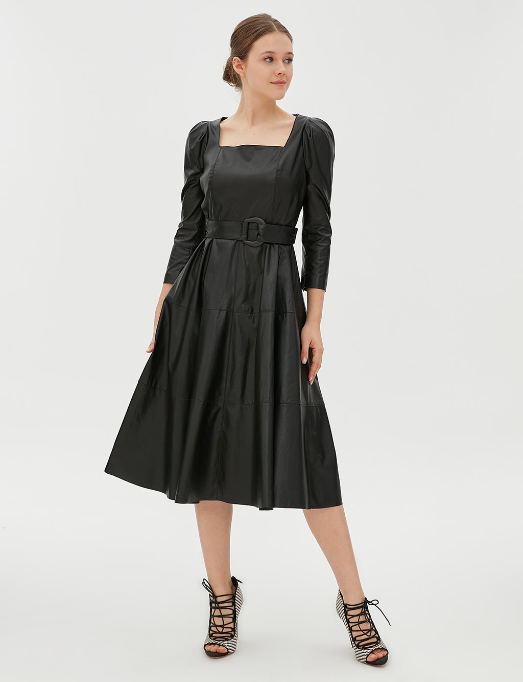 Middle Height Dress B20 23053 Black