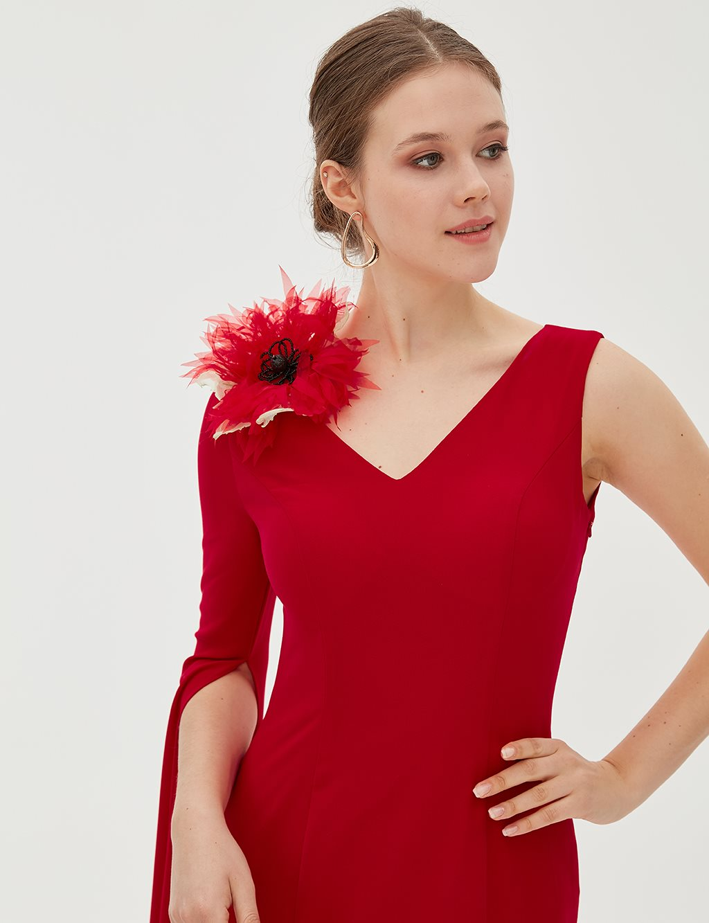 TIARA V Collar Evening Gown With A Flover B8 26002 Red