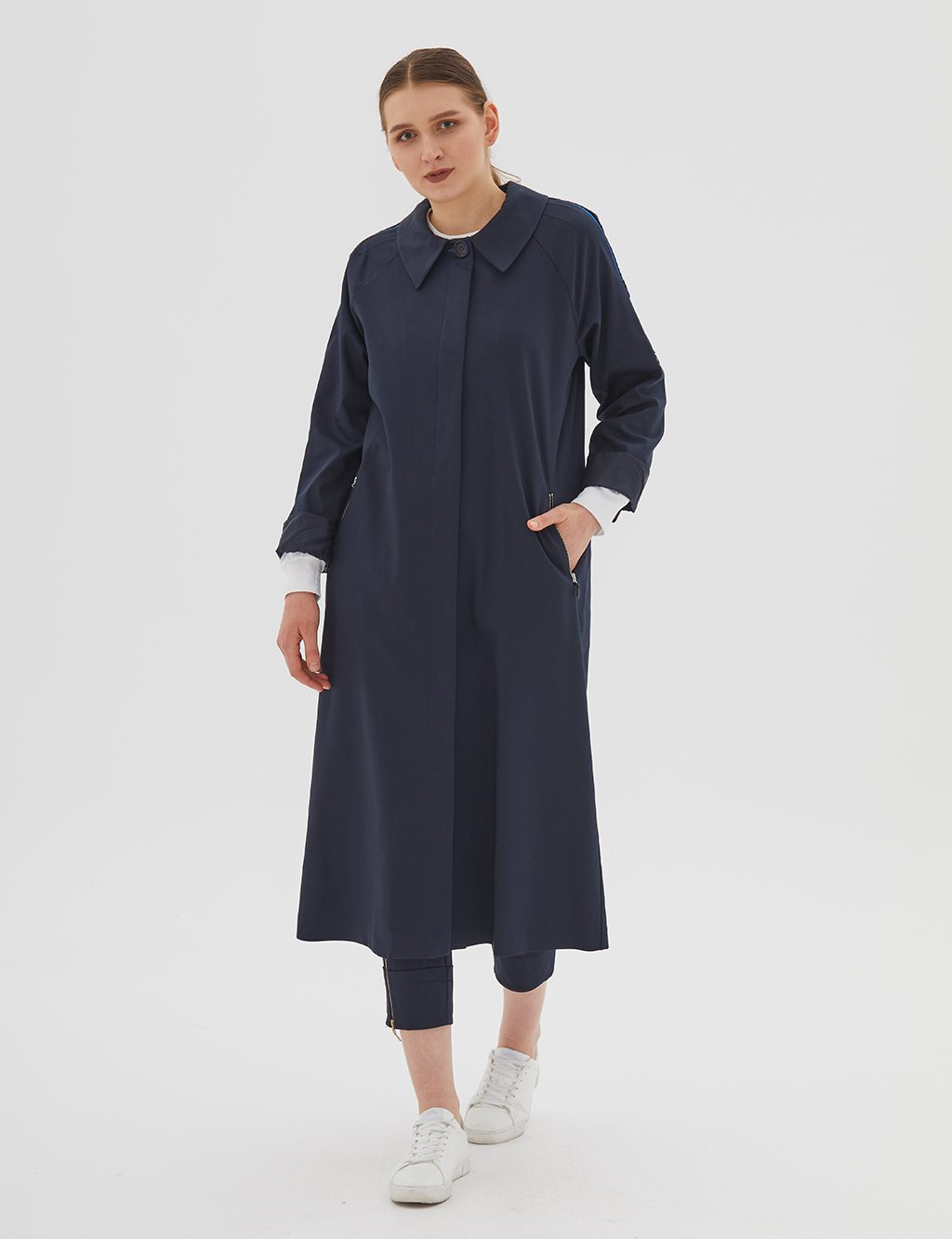 Shoulder Detailed Trenchcoat Navy B20 14014