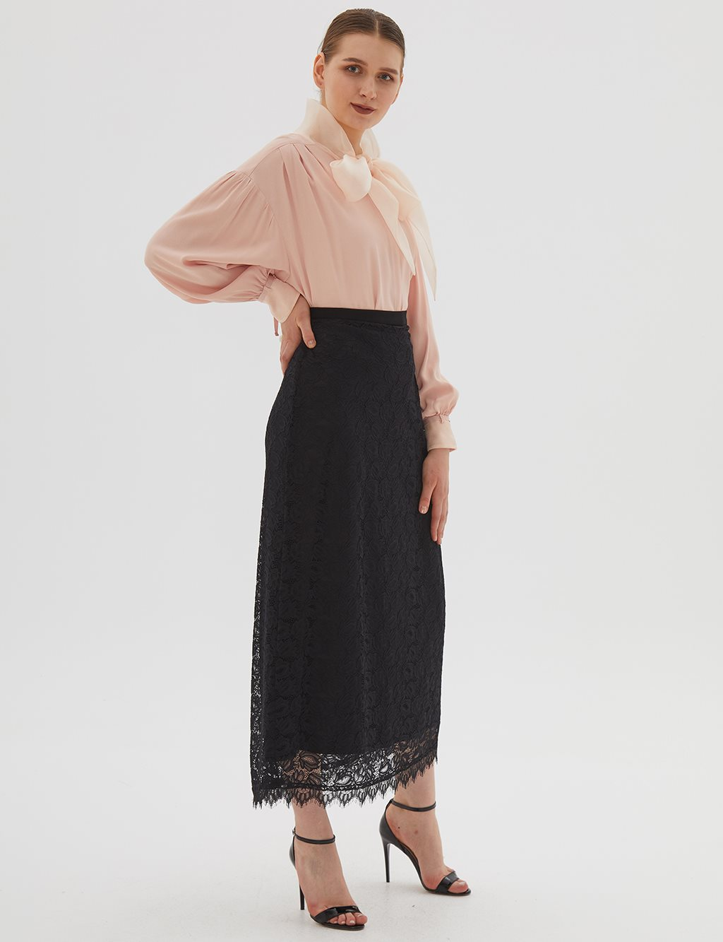 Lace Skirt Black B20 12037