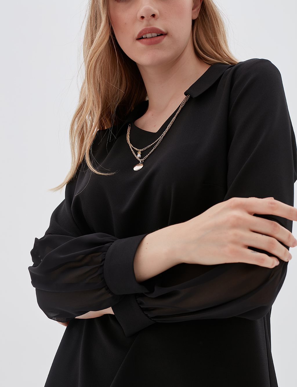Chiffon Detailed Blouse With Necklace B20 10079 Black