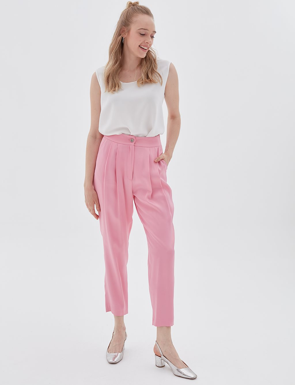 Pleated Pants Pink B20 19185