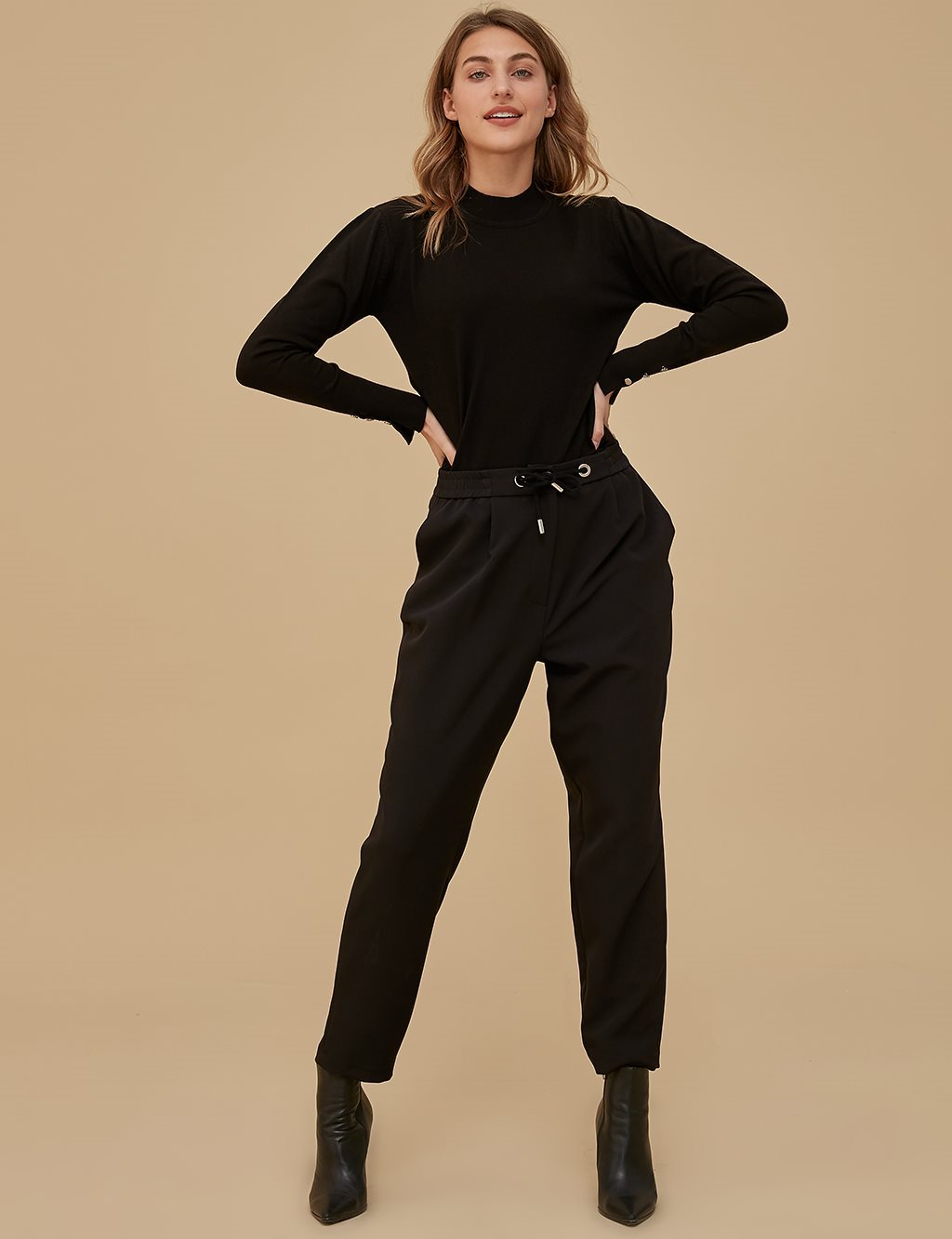 Carrot Pants B20 19170 Black