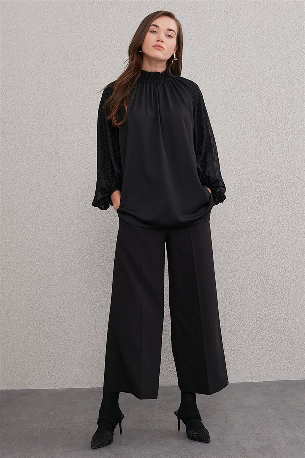 Balloon Sleeve Blouse With Frilly Collar A20 10028 Black
