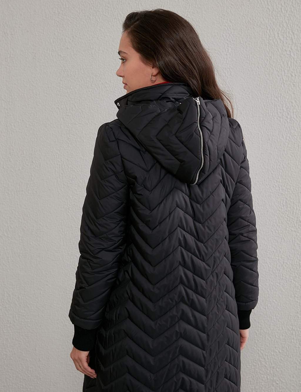 Zigzag Patterned Quilted Anorak A20 27100 Black