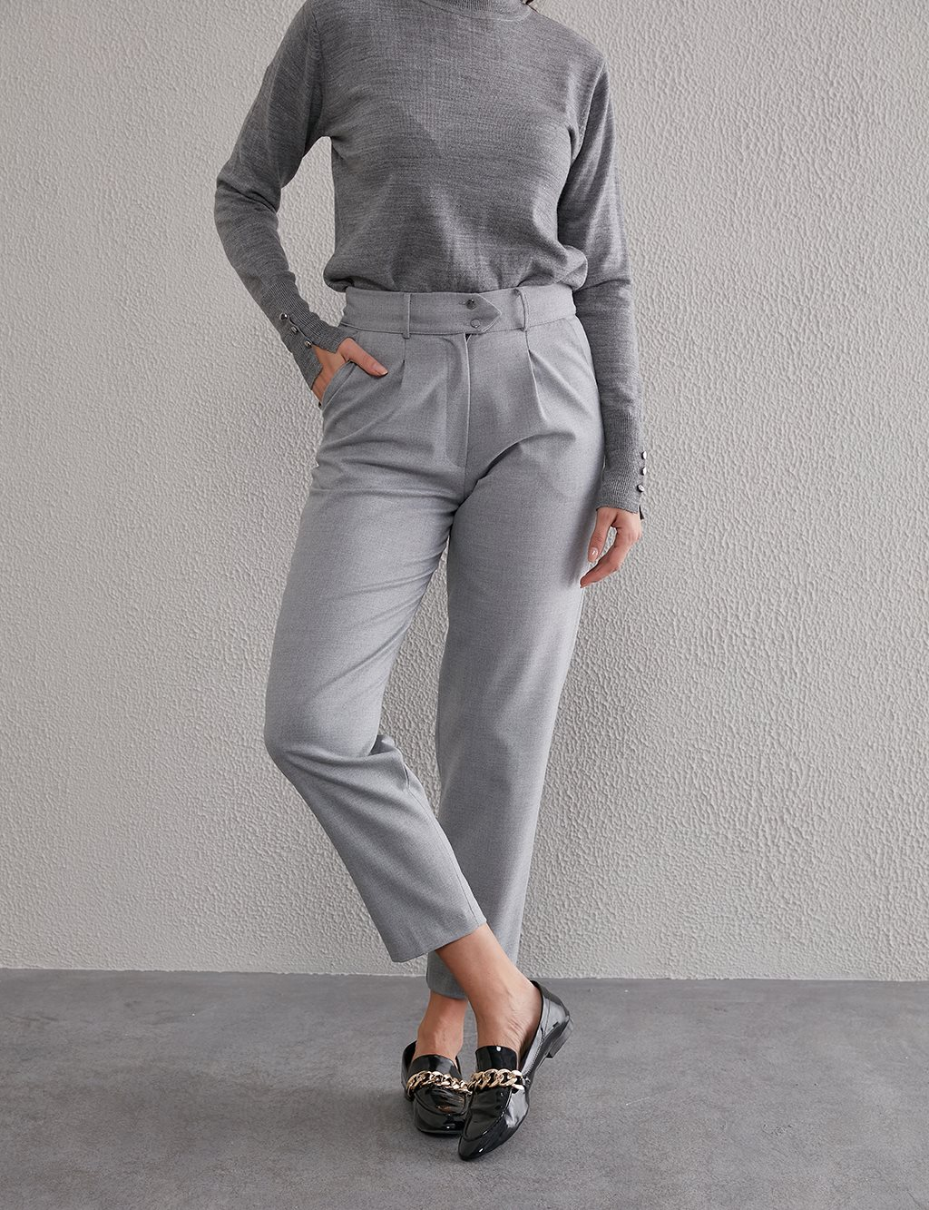 Double Button Pleated Trousers A20 19211 Gray