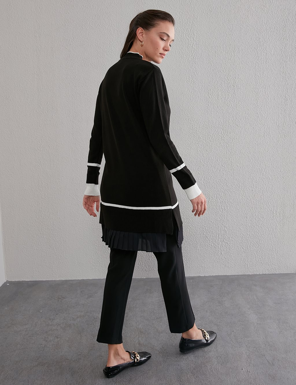 Pleated Knit Tunic A20 TRK45 Black