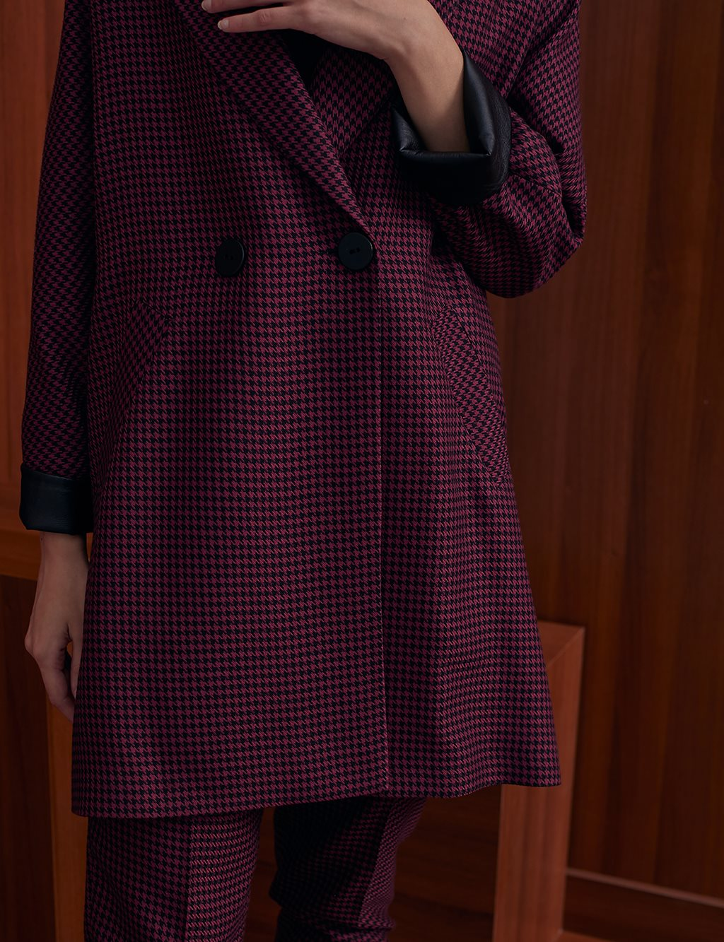 Goose Foot Pattern Long Jacket A20 13104 Red / Burgundy