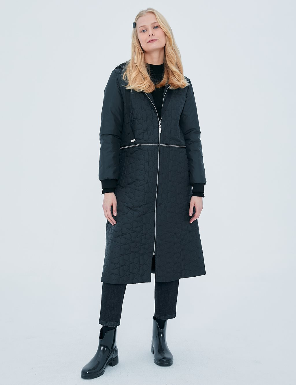 KYR Casual Fit Quilted Coat A20 77002 Black
