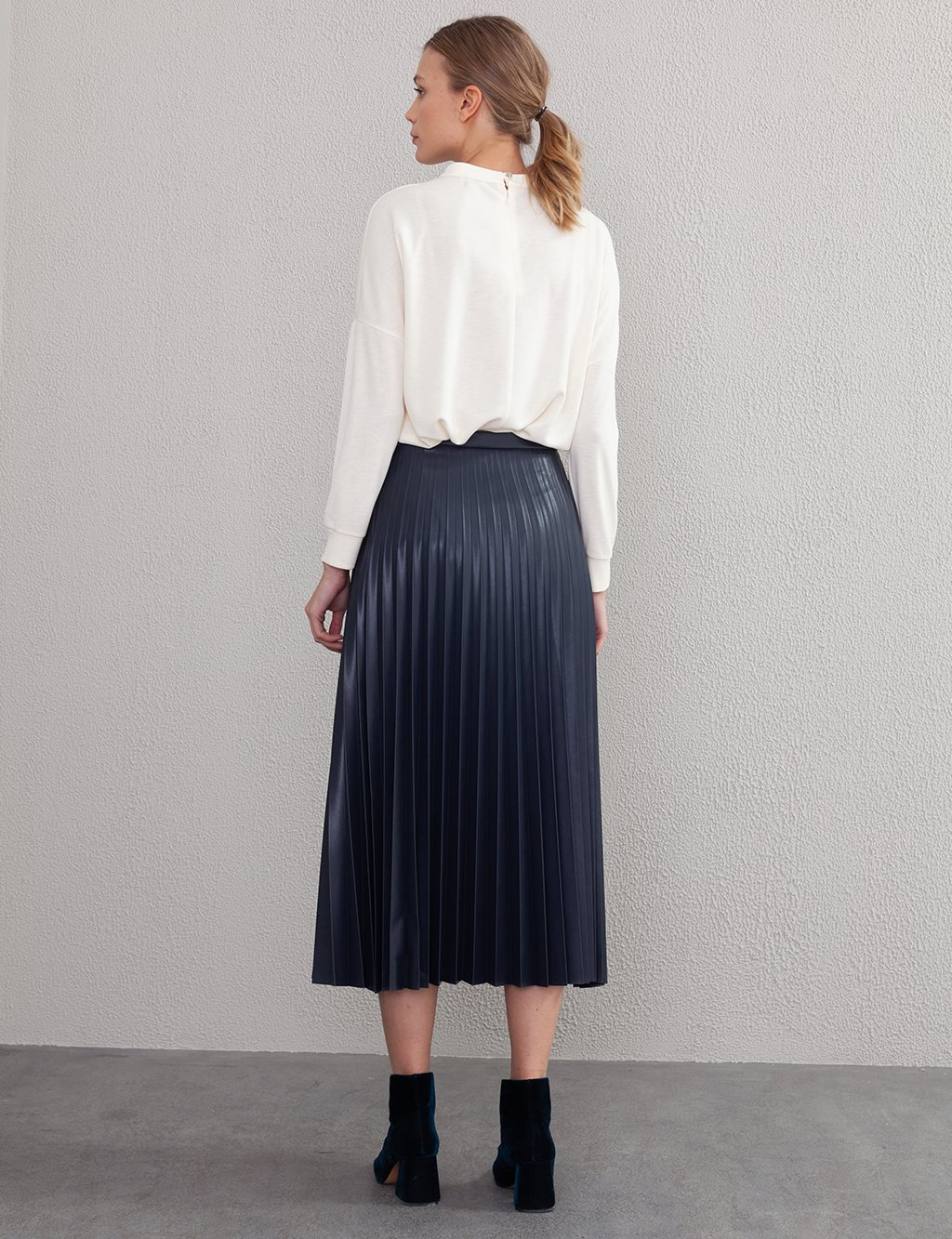 Pleated Leather Skirt A20 12038A Blue Black