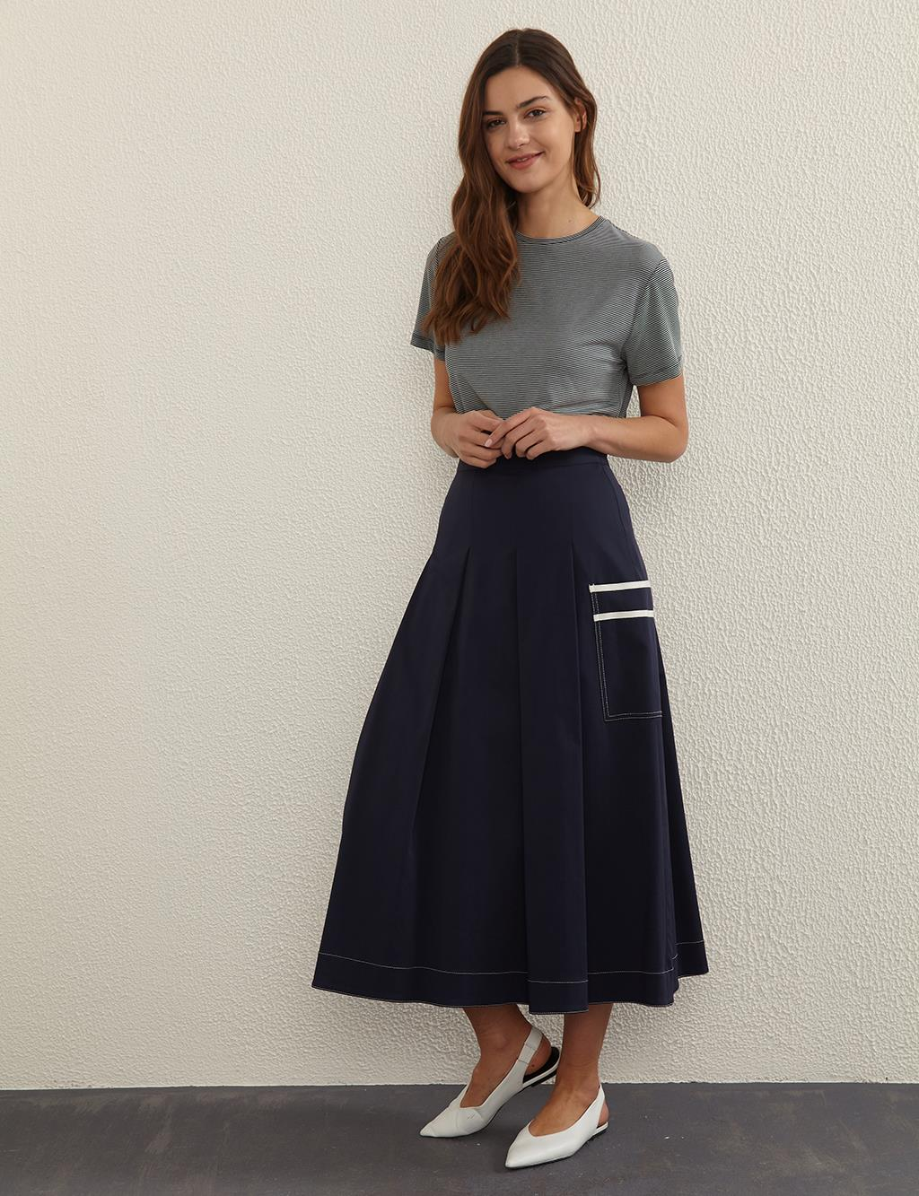 Contrast Stitching Pleated A-line Skirt B21 12010 Navy