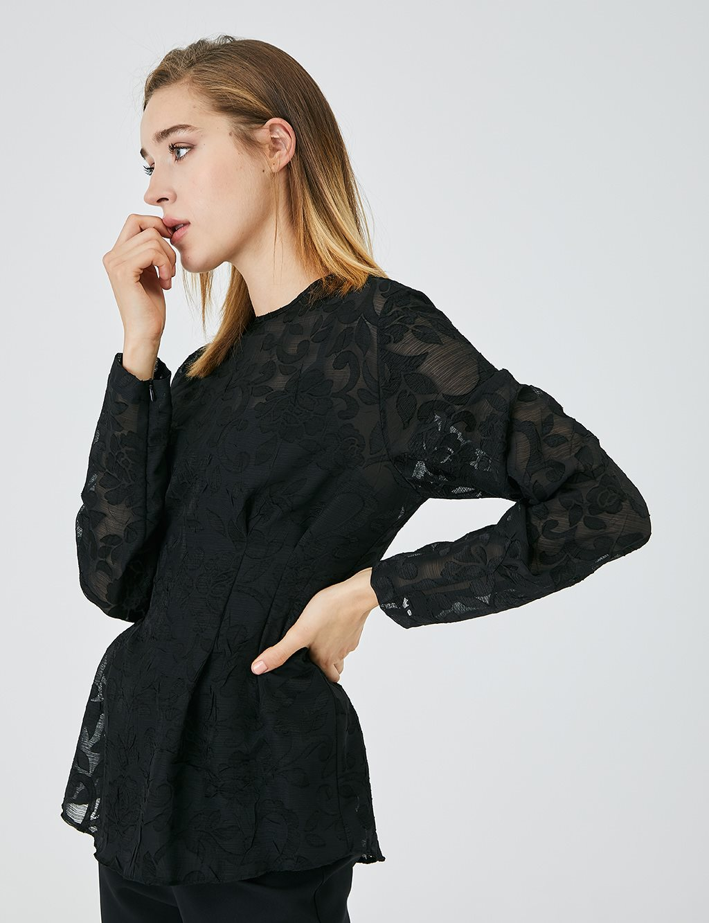 Guipure Blouse A20 10122 Black