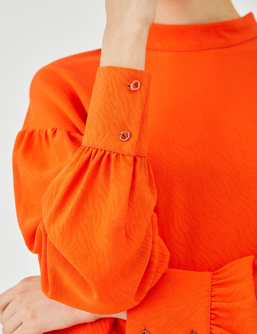 Reverse Collar Crincle Blouse B9 10066 Orange