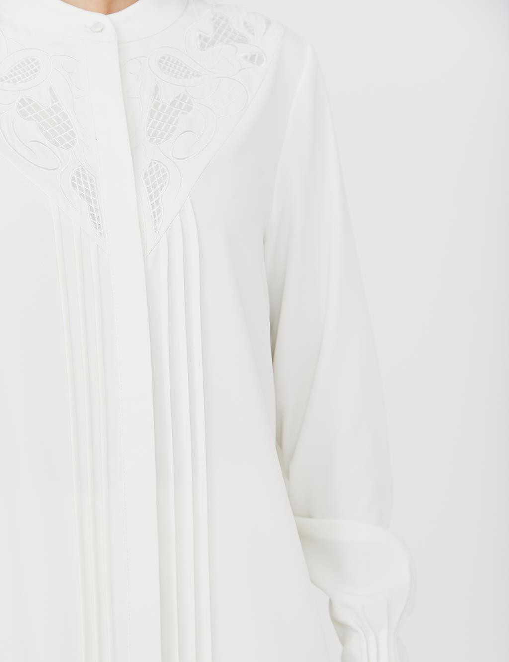 Ribbed Embroidered Tunic B21 21022 White